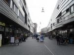 Luifel tegen windoverlast winkelcentrum Stadshagen