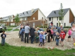 Wethouder opent nieuwe speeltuin Nijverwalstraat