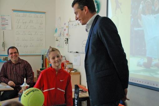 Een spreekbeurt over tennis – mèt Richard Krajicek