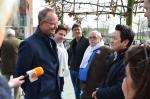 Minister Kamp bezoekt winkelcentrum