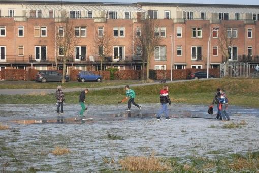 Wanneer kan Stadshagen schaatsen? (foto's)
