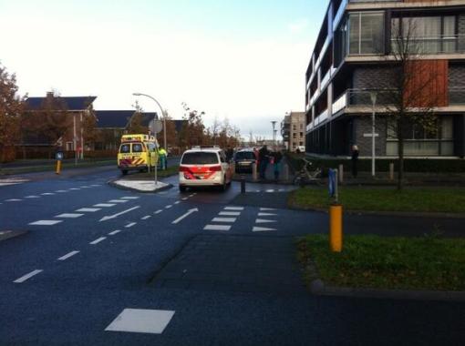 Fietser en auto botsen op Frankhuizerallee-Belvederelaan