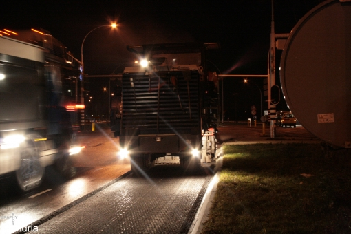 Asfalt Hasselterweg compleet weggeschraapt