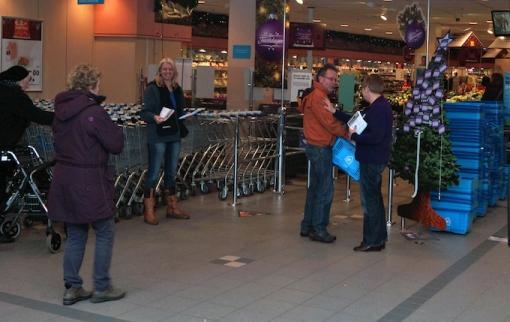 Vrijwilligers gezocht voor inzamelingsactie kerstpakketten