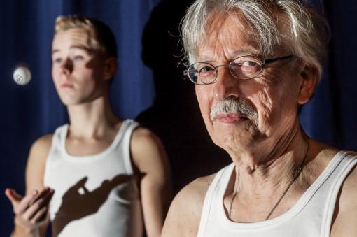 Jong en oud spelen samen in theaterstuk 'Destijds'