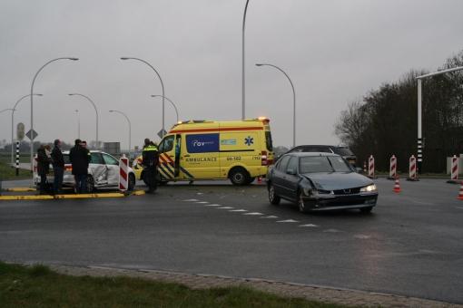 Flinke schade na botsing Stadshagenallee