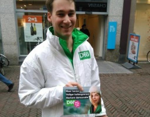 Tweede Kamerleden naar Stadshagen om referendum