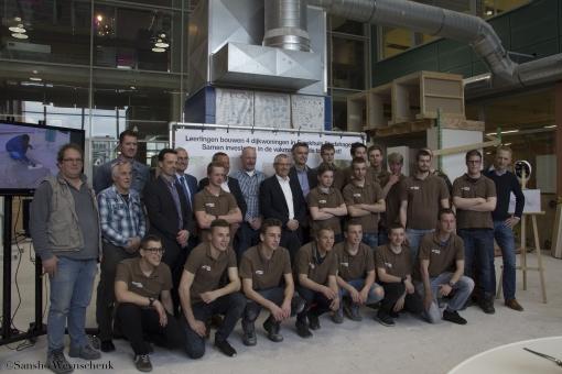 Leerlingen Bouwkunde bouwen vier dijkwoningen Frankhuis