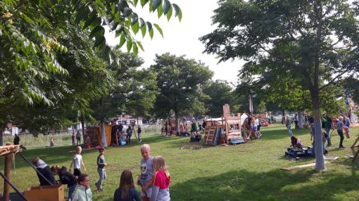 Huttendorp vanaf maandag in Twistvlietpark