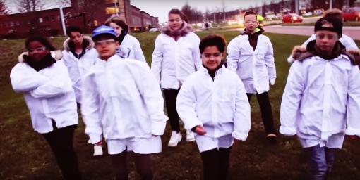 Vuurwerk in Stadshagen: een film van NieuwZkidz