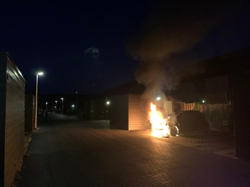Autobrand aan Jac. P Thijsselaan