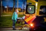 Jongedame gewond na aanrijding Dotterbloem Stadshagen