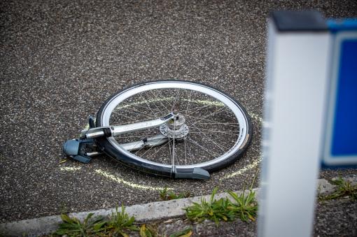 Fietser ernstig gewond na ongeval op Middelweg